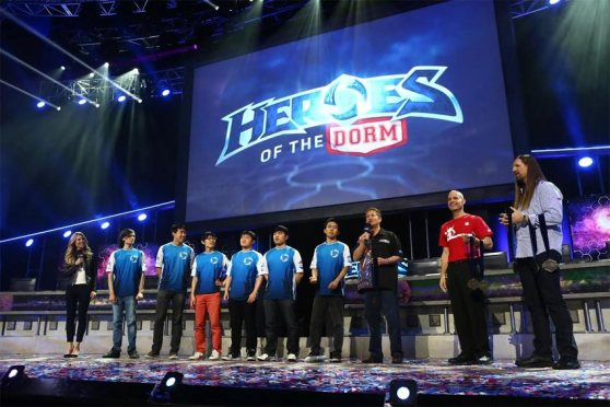 juegos_heroesofthedorm