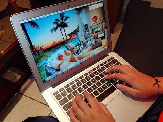 iadvize_chatbots-turismo.jpg
