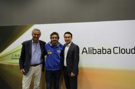 varios_alibaba-cloud_fernando-alonso.jpg