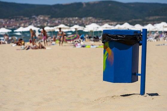varios_reciclaje_papelera-playa