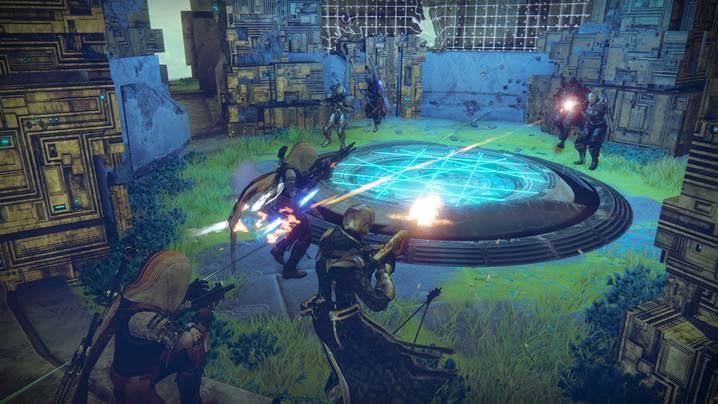 juegos_destiny2_los-renegados_ofensiva.jpg