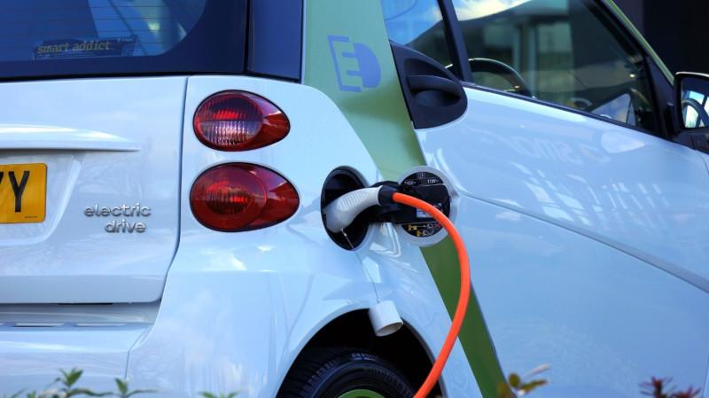 atos_coche-electrico