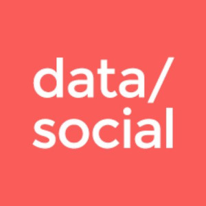 varios_logo_data-social