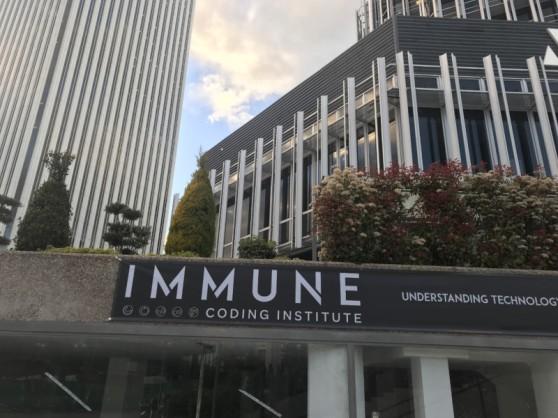 varios_immune-coding_edificion