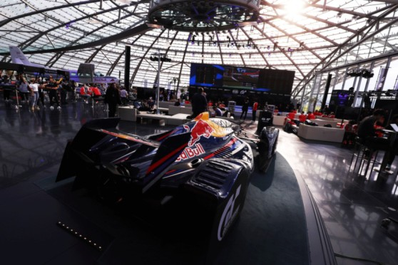 ps4_gran-turismo_red-bull-hangar7-2.jpg