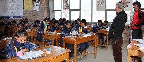 varios_aldeas-infantiles_nepal